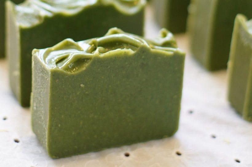 Cómo hacer jabón de algas marinas en casa